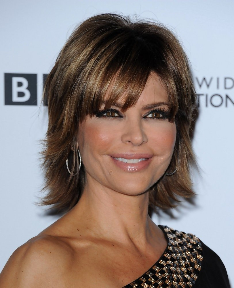 short hair styles for women over 40 - style for women over 40