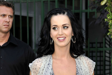 Katy Perry's Raven Medium Curls