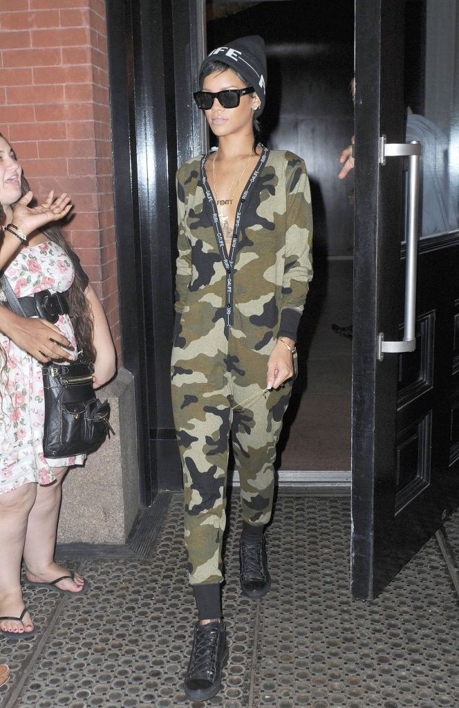 Cool In Camo Rihanna 39 S Edgiest Fashion Moments Livingly