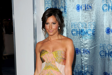Ashley Tisdale Goes Glam with a Swarovski Embellished Clutch at the 2011 People's Choice Awards