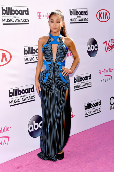 Wearing An Atelier Versace Cutout Gown At The 2016 Billboard Music Awards
