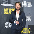 Johnny Galecki - 5'5""