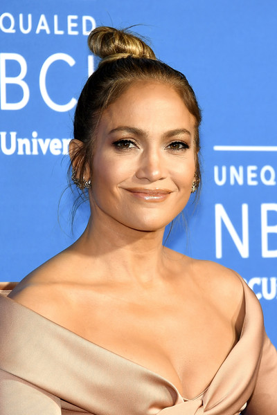 Jennifer Lopez's Top Knot at Radio City Music Hall