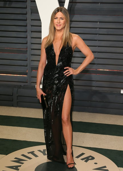 In Atelier Versace At The 2017 Vanity Fair Oscar Party