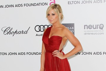 Ashley Tisdale's Red Hot 2012 Oscars Party Gown