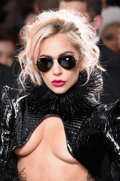 Lady Gaga's Pink-Tinted Messy Updo at the Grammy Awards