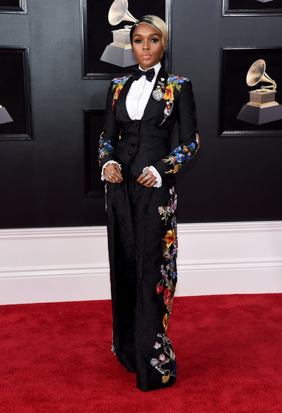 In A Floral Dolce & Gabbana Pantsuit At The 2018 Grammys