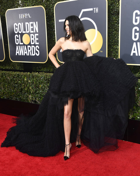 In Voluminous Giambattista Valli At The 2018 Golden Globes