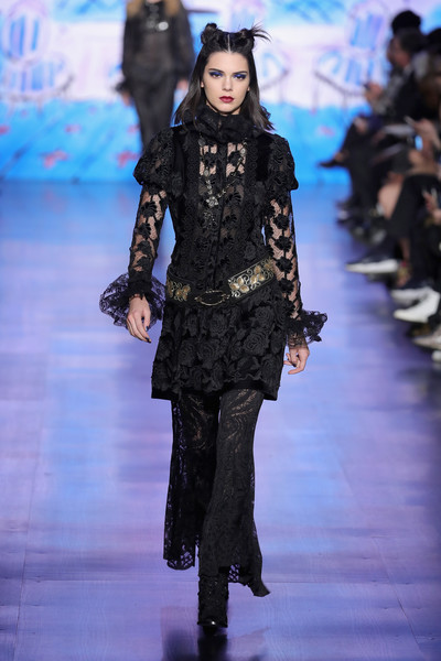 Going For Goth On The Anna Sui Runway