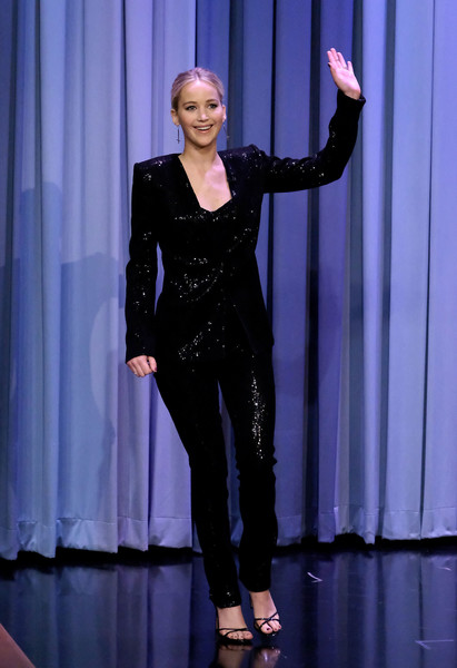 When She Wore A Sparkly Pantsuit For 'The Tonight Show'