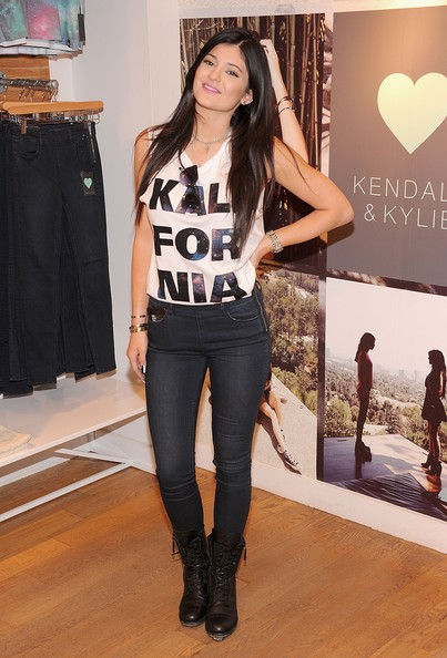 'Kendall and Kylie' Collection Preview, 2013