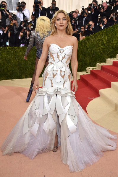 Kate Wearing Versace At The Met Gala, 2016