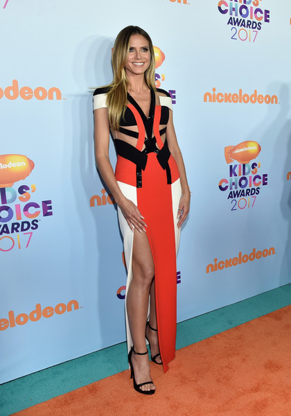 Heidi Klum in Atelier Versace at the Nickelodeon Kids' Choice Awards