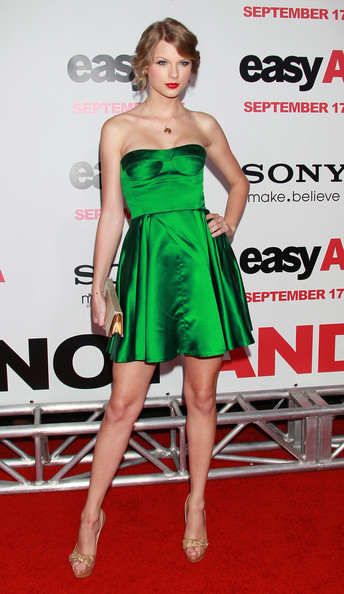 Miu Miu at the 2010 'Easy A' Premiere.