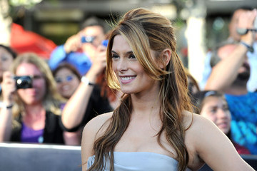 Great Hair Day: Ashley Greene's Romantic Half-up Hairstyle