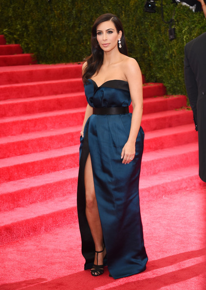 Cutting A Curvy Silhouette In Lanvin At The 2014 Met Gala