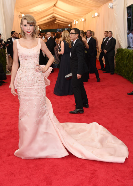 Oscar de la Renta for the 2014 Met Gala