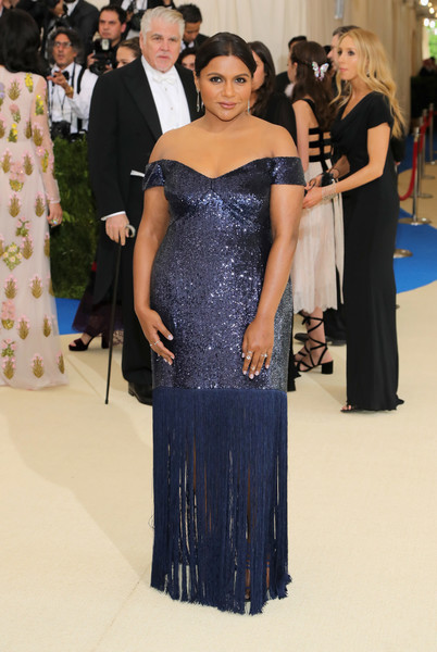 Mindy Kaling Every Daring Look On The 2017 Met Gala Red Carpet Livingly
