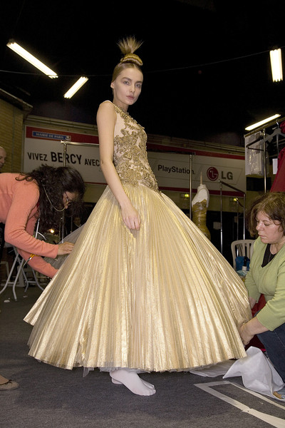 Alexander McQueen at Paris Fall 2008 (Backstage)