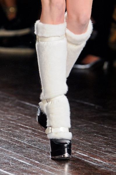 Alexander McQueen at Paris Fall 2012 (Details)