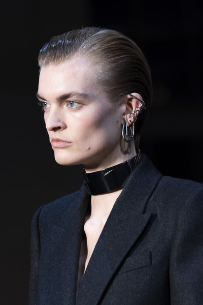 Alexander McQueen at Paris Fall 2019 (Details) [hair,face,hairstyle,ear,chin,eyebrow,fashion,beauty,blond,forehead,alexander mcqueen,fashion,fashion week,runway,haute couture,hairstyle,face,ear,paris fashion week,fashion show,alexander mcqueen,paris fashion week,fashion,fashion show,fashion week,runway,haute couture,ready-to-wear,model,autumn]