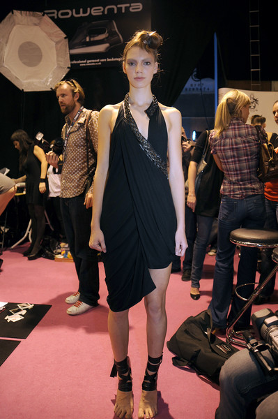Aminaka Wilmont at London Spring 2009 (Backstage)
