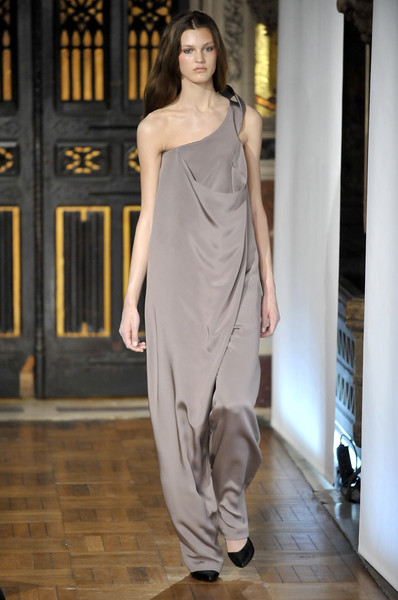 Anne Valérie Hash at Couture Fall 2008