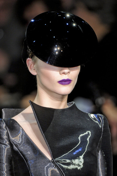Armani Privé at Couture Spring 2011 (Details)