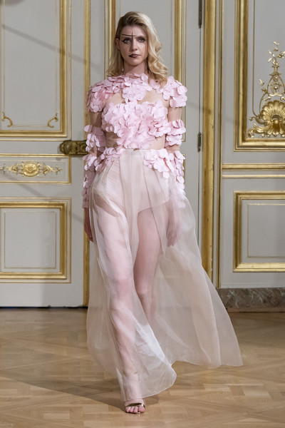 Armine Ohanyan at Couture Fall 2018 [fashion model,clothing,haute couture,fashion,dress,pink,gown,silk,shoulder,satin,dress,armine ohanyan,couture fall,fashion,haute couture,fashion week,model,runway,fashiontv,fashion show,fashion show,armine ohanyan paris,haute couture,fashion week,paris fashion week 2018,fashion,runway,model,fashiontv]