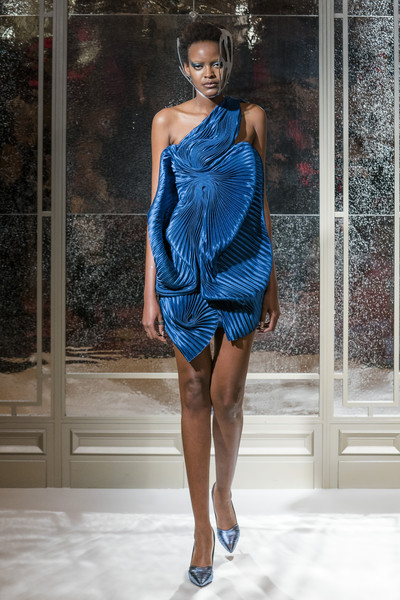 Armine Ohanyan at Couture Spring 2019 [couture spring 2019,fashion model,clothing,fashion,shoulder,blue,dress,cobalt blue,fashion show,cocktail dress,fashion design,armine ohanyan,fashion,runway,fashion week,haute couture,spring,fashion model,paris,fashion show,paris,runway,fashion show,paris fashion week 2018,fashion week,haute couture,fashion,spring,summer,autumn]