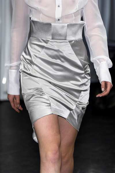 Ashley Isham at London Spring 2008 (Details)