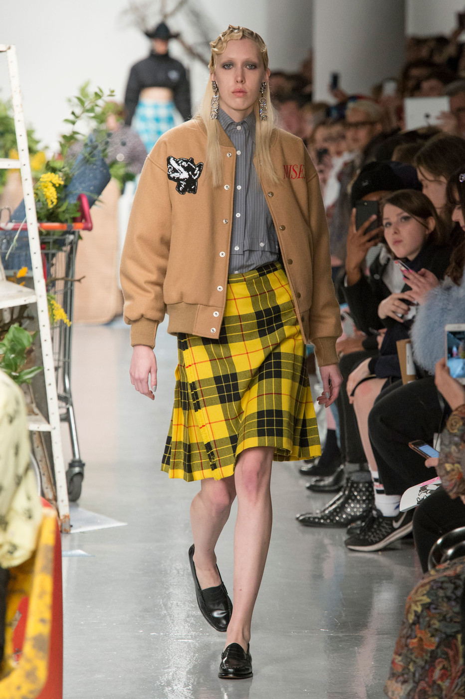 Ashley Williams Fall 2017 Runway Pictures Livingly