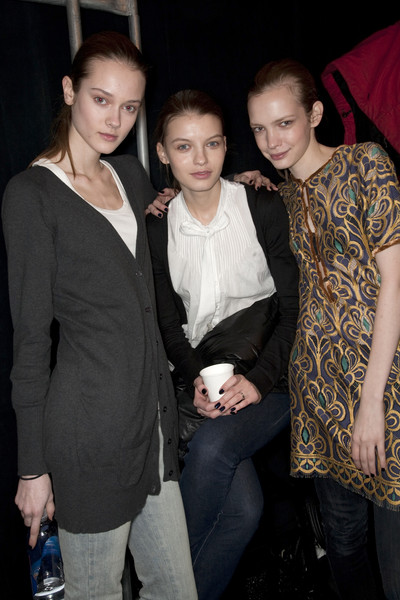 BCBG Max Azria at New York Fall 2009 (Backstage)