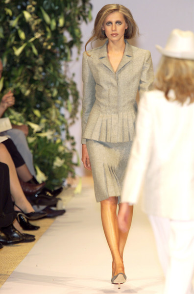 Balmain at Couture Spring 2001 [couture spring 2001,fashion model,fashion,clothing,fashion show,runway,spring,outerwear,beige,dress,summer,supermodel,runway,spring,fashion,model,haute couture,fashion model,balmain,fashion show,fashion show,runway,balmain,fashion,haute couture,model,supermodel,spring,summer]