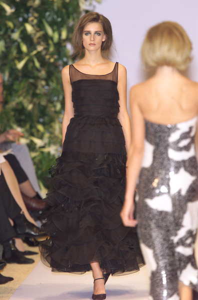 Balmain at Couture Spring 2001 [couture spring 2001,fashion model,dress,clothing,fashion show,fashion,runway,shoulder,cocktail dress,haute couture,waist,dress,haute couture,runway,fashion,spring,model,fashion model,balmain,fashion show,fashion show,haute couture,balmain,fashion,model,runway,spring,supermodel,dress]