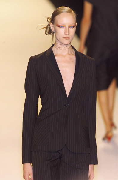 Bill Blass at New York Spring 2001
