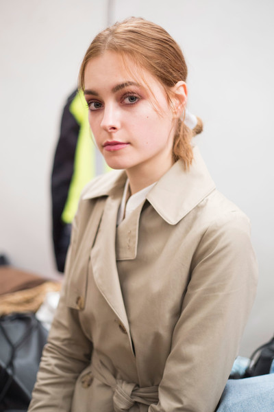 Blugirl at Milan Fall 2016 (Backstage)
