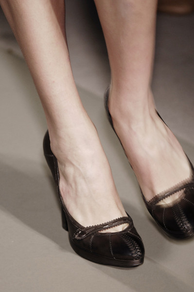 Bottega Veneta at Milan Fall 2006 (Details)