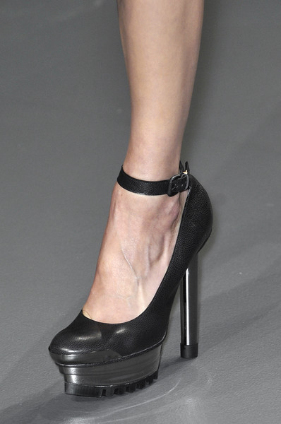 Calvin Klein at New York Fall 2010 (Details)