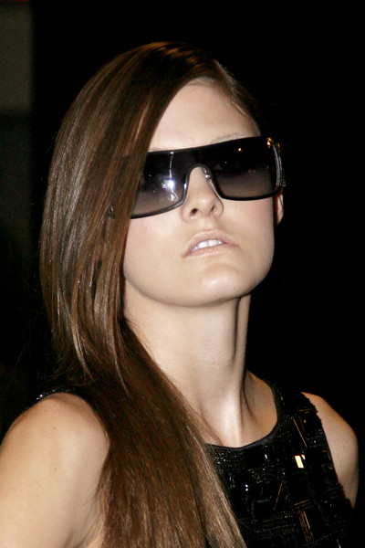 Carmen Marc Valvo at New York Spring 2010 (Details)
