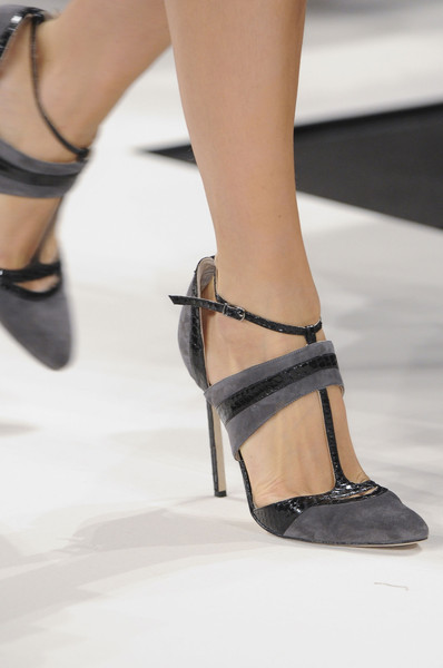 Carolina Herrera at New York Fall 2013 (Details)