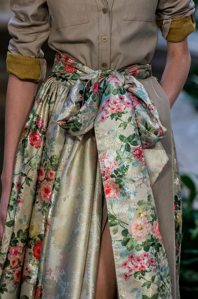 Carolina Herrera at New York Spring 2017 (Details)