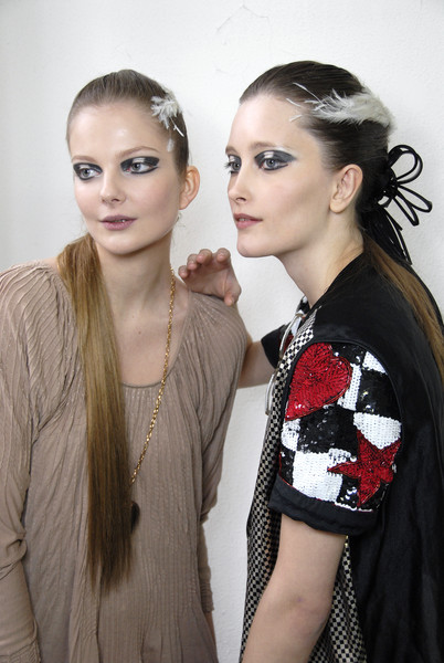 Chanel at Couture Spring 2007 (Backstage)