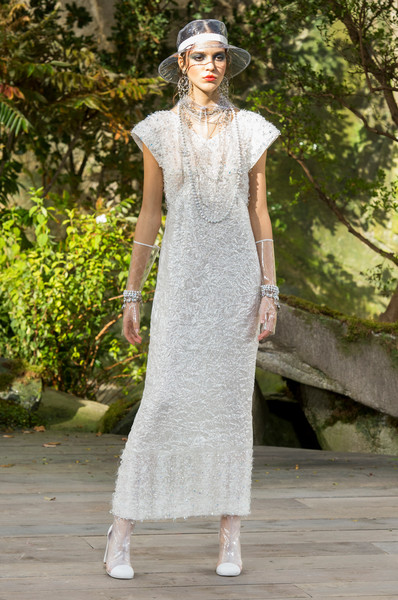 Chanel Spring 2018 Paris Runway Dresses Perfect For An