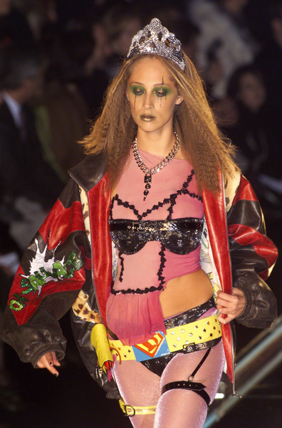 Christian Dior at Couture Spring 2001 [couture spring 2001,clothing,fashion,beauty,fashion show,navel,abdomen,model,lingerie,undergarment,fashion model,christian dior,supermodel,fashion,model,haute couture,spring,runway,clothing,fashion show,talytha pugliesi,dior,fashion show,fashion,haute couture,model,supermodel,runway,spring]