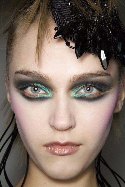 Christian Lacroix at Couture Fall 2008 (Details)