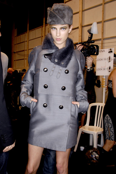 Costume National at Paris Fall 2007 (Backstage)