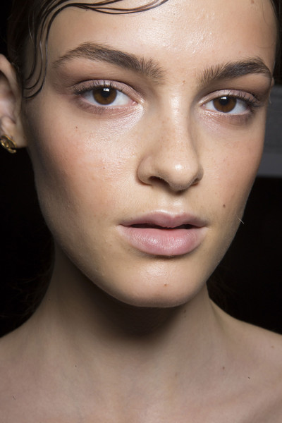 DKNY at New York Spring 2015 (Backstage)