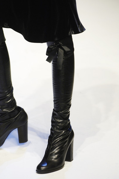 Daks at Milan Fall 2006 (Details)