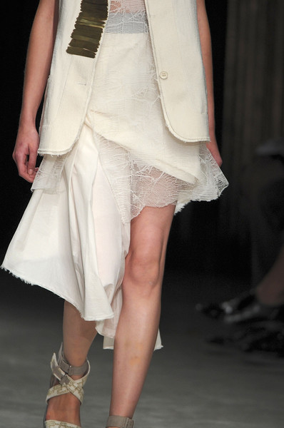 Damir Doma at Paris Spring 2012 (Details)